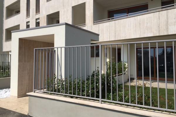 Recinzione per giardino privato in condominio
